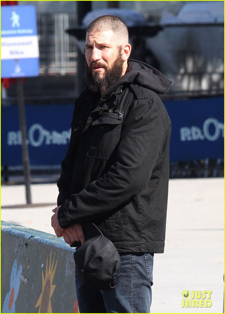 52208027 Actor Jon Bernthal is spotted with a shaved head and bushy beard while playing Frank Castle/Punisher for his stand-alone tv series as the title role character for Netflix in New York City, New York on October 19, 2016. FameFlynet, Inc - Beverly Hills, CA, USA - +1 (310) 505-9876
