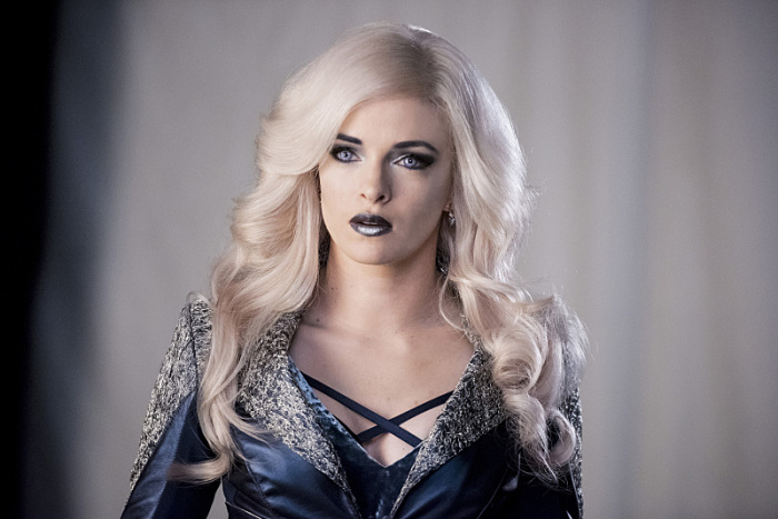 the-flash-killer-frost-costume-episode