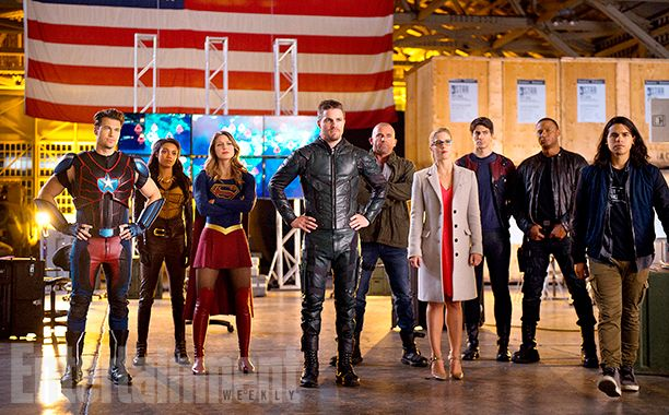"DC's Legends of Tomorrow Season 2, Episode 7 - ""Invasion"" (L-R): Nick Zano as Nate Heywood/Steel, Maisie Richardson- Sellers as Amaya Jiwe/Vixen, Melissa Benoist as Kara/Supergirl, Stephen Amell as Oliver Queen, Dominic Purcell as Mick Rory/Heat Wave, Emily Bett Rickards as Felicity Smoak, Brandon Routh as Ray Palmer/Atom, David Ramsey as John Diggle and  Carlos Valdes as Cisco Ramon"