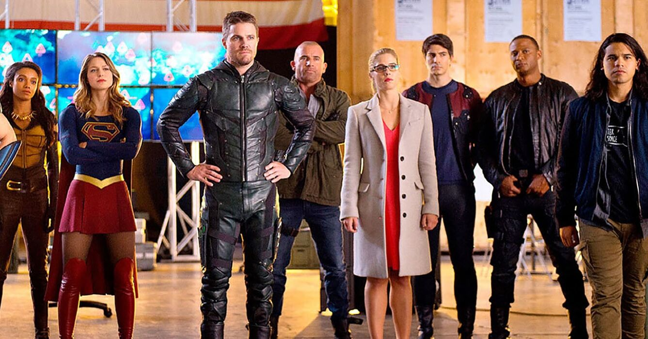 arrow-flash-supergirl-ew-invasion-crossover-feature-2