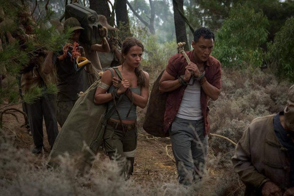 "Kadr z filmu ""Tomb Raider"""
