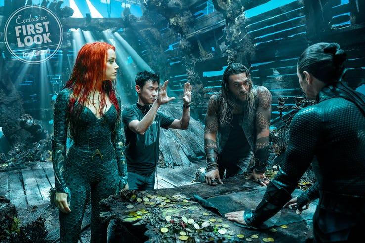 Amber-Heard-James-Wan-Jason-Momoa-and-Willem-Dafoe-on-Aquaman-set