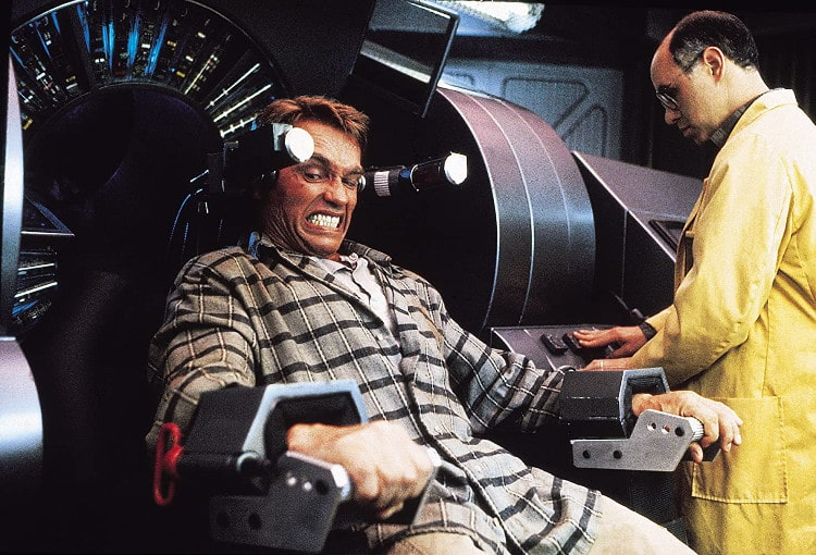 Arnold Schwarzenegger w filmie Pamięć Absolutna