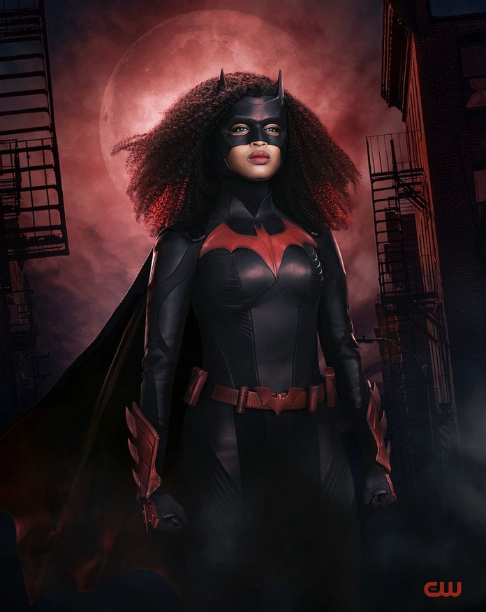 Batwoman nowy kostium 1