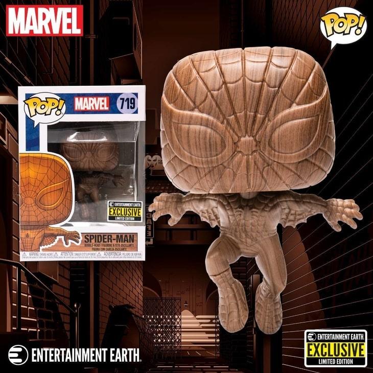 Figurka Spider-Mana w kolekcji Funko Wood Deco