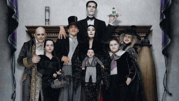 """Cara mia... Mon cher... Rocznica premiery """"Rodziny Addamsów 2"""""""