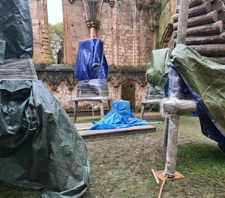 """""""Wiedźmin"""" 2, plan w Fountains Abbey"""