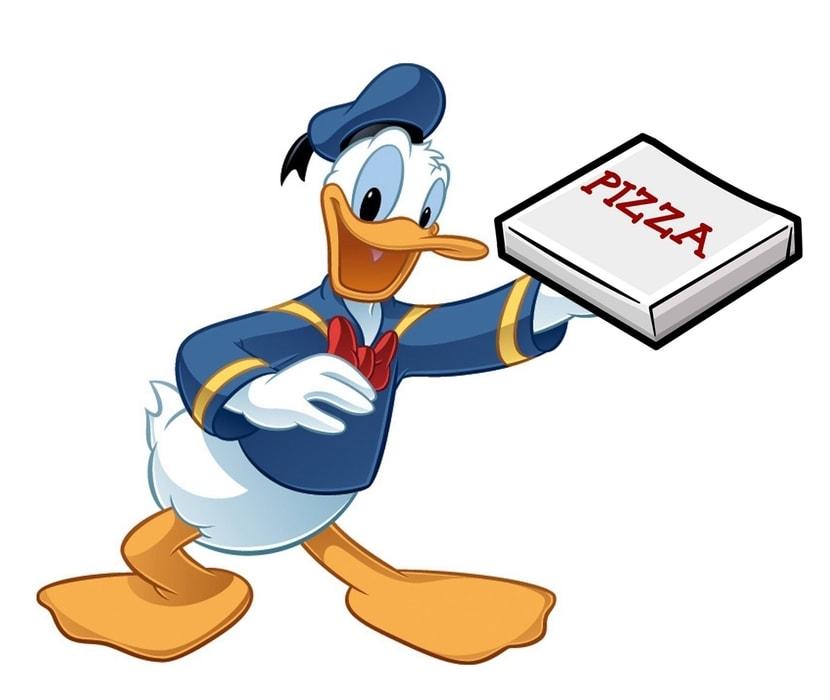Kaczor Donald z pizzą